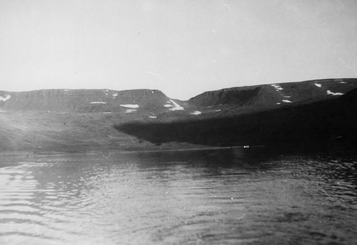EF1957-04
